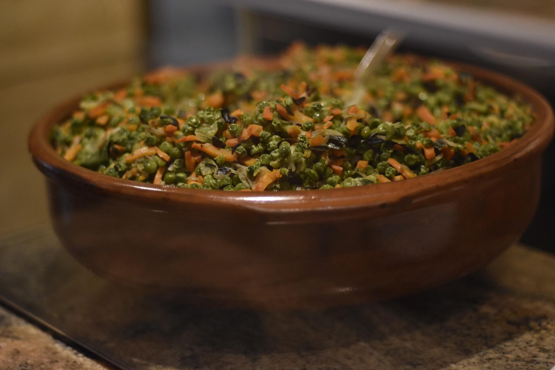 Piselli in umido con pancetta affumicata