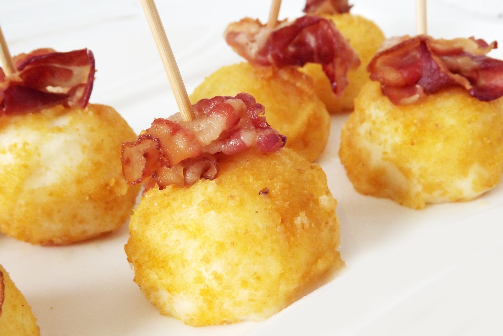 polpette di patate e wurstel al forno