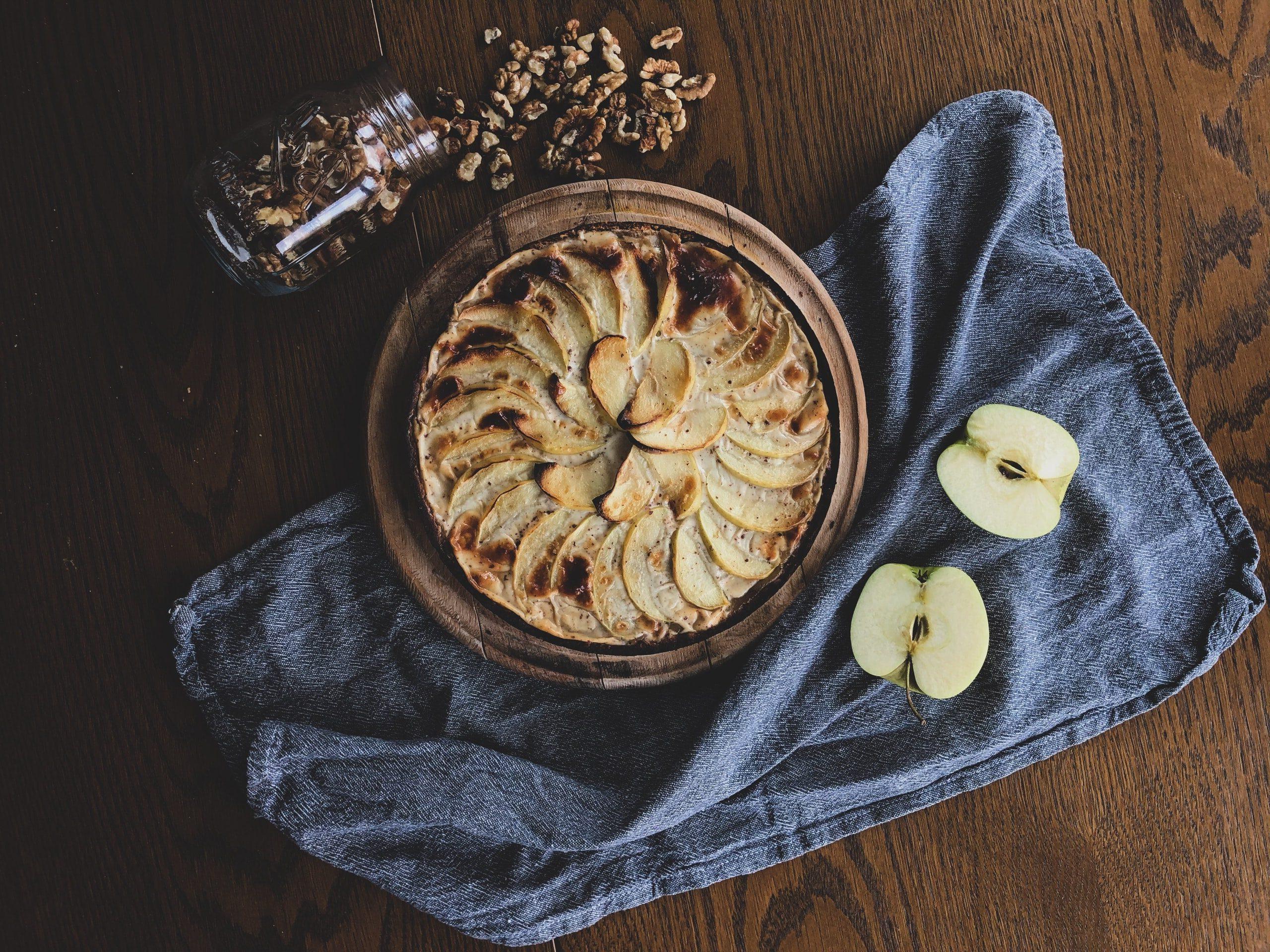 Clafoutis di mela e uvetta