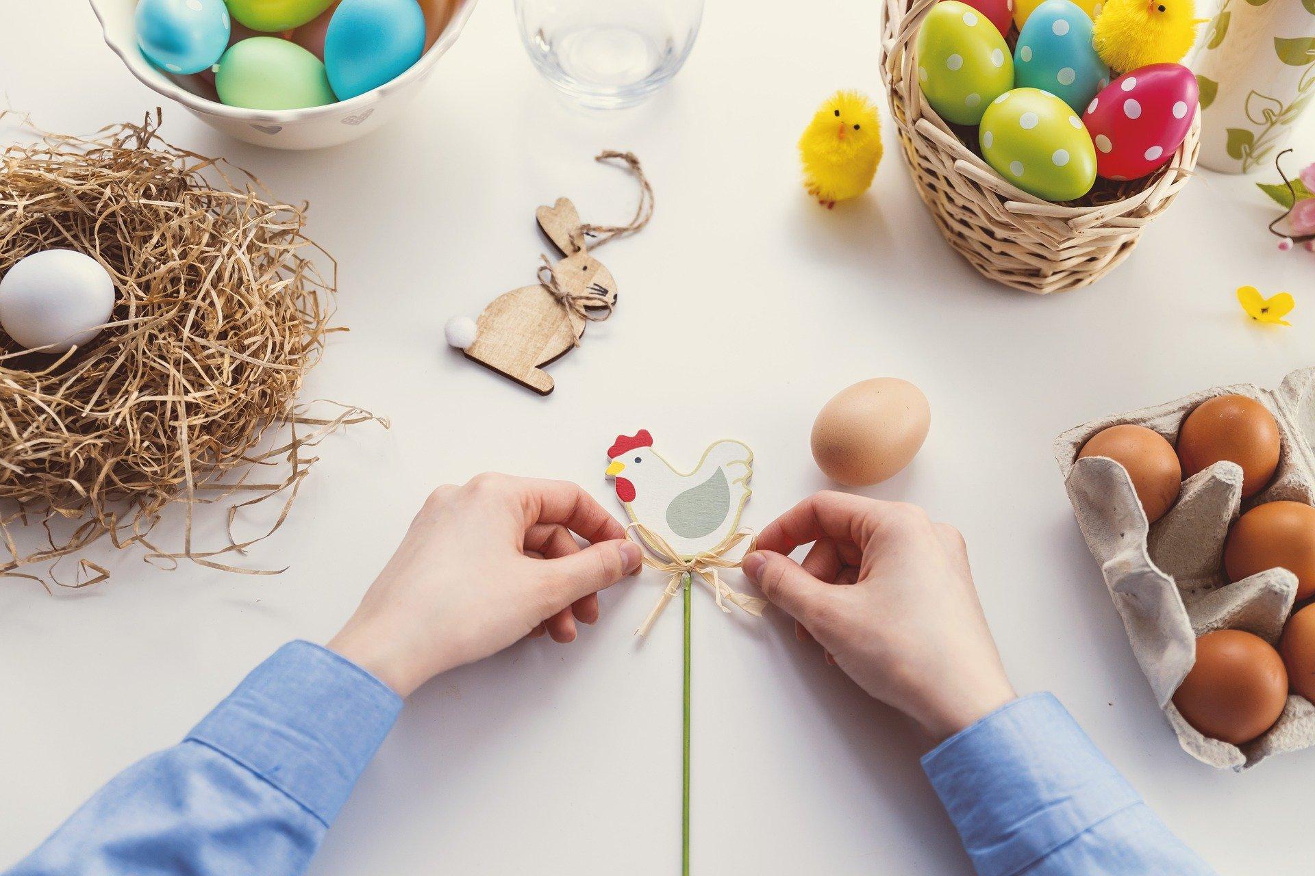 Come apparecchiare la tavola a Pasqua: i consigli