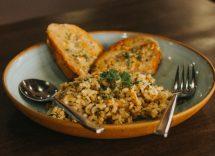 risotto con carciofi e speck croccante