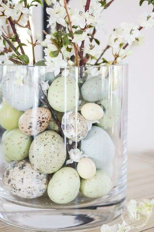 vaso uova fiori