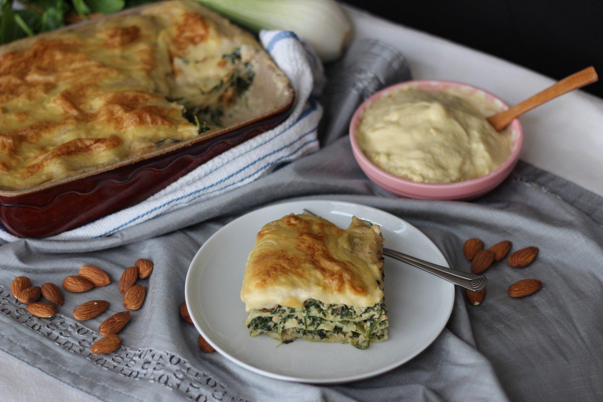 lasagne erbette e salsiccia ricetta
