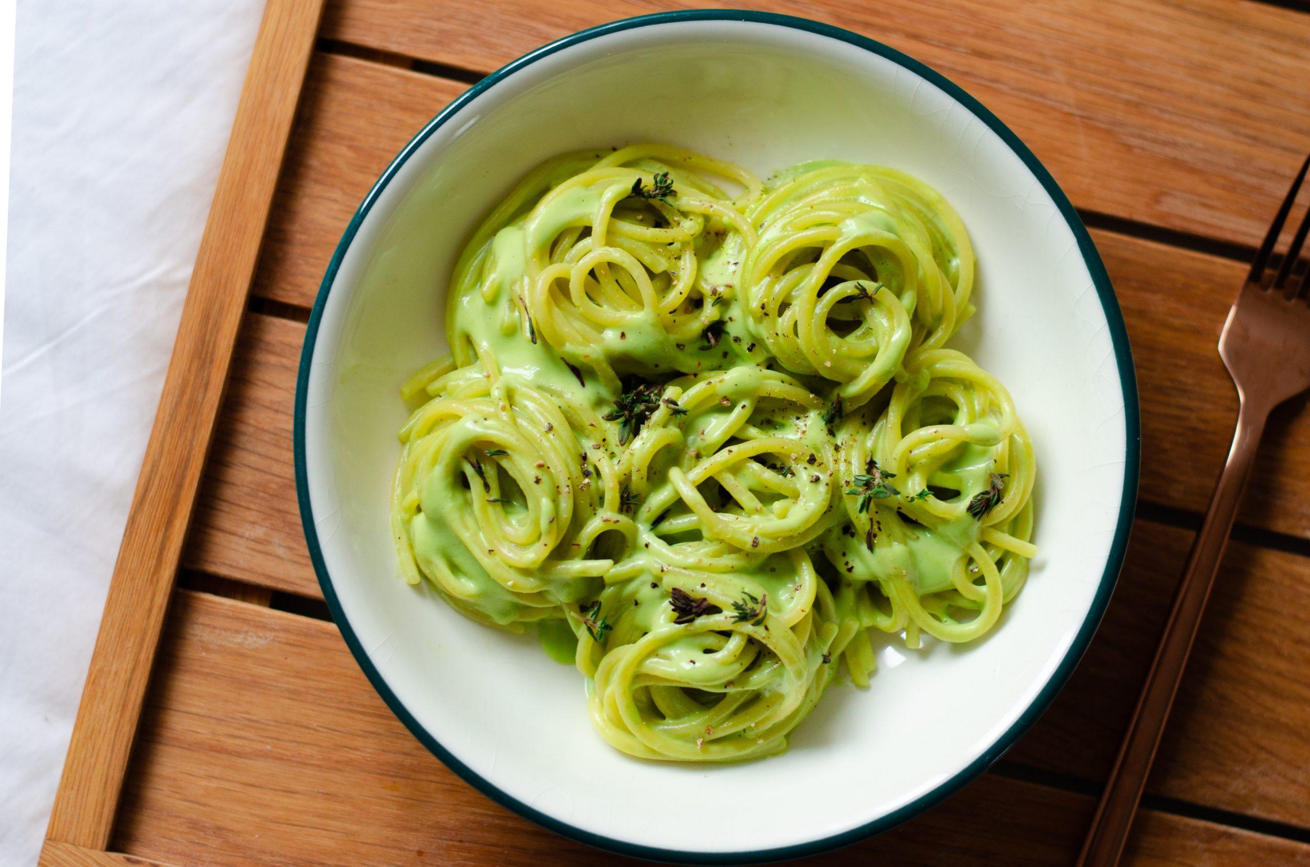 pasta con avocado ricetta