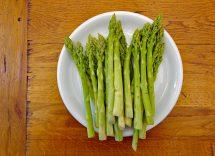 asparagi sotto olio ricetta