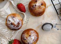 Panini con crema di nocciole: ricetta golosa per la colazione