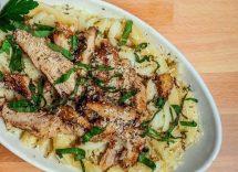 pasta con burro, aglio e pollo
