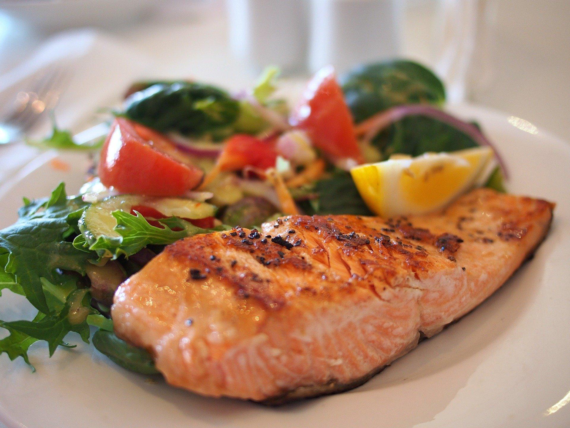 salmone al cartoccio ricetta