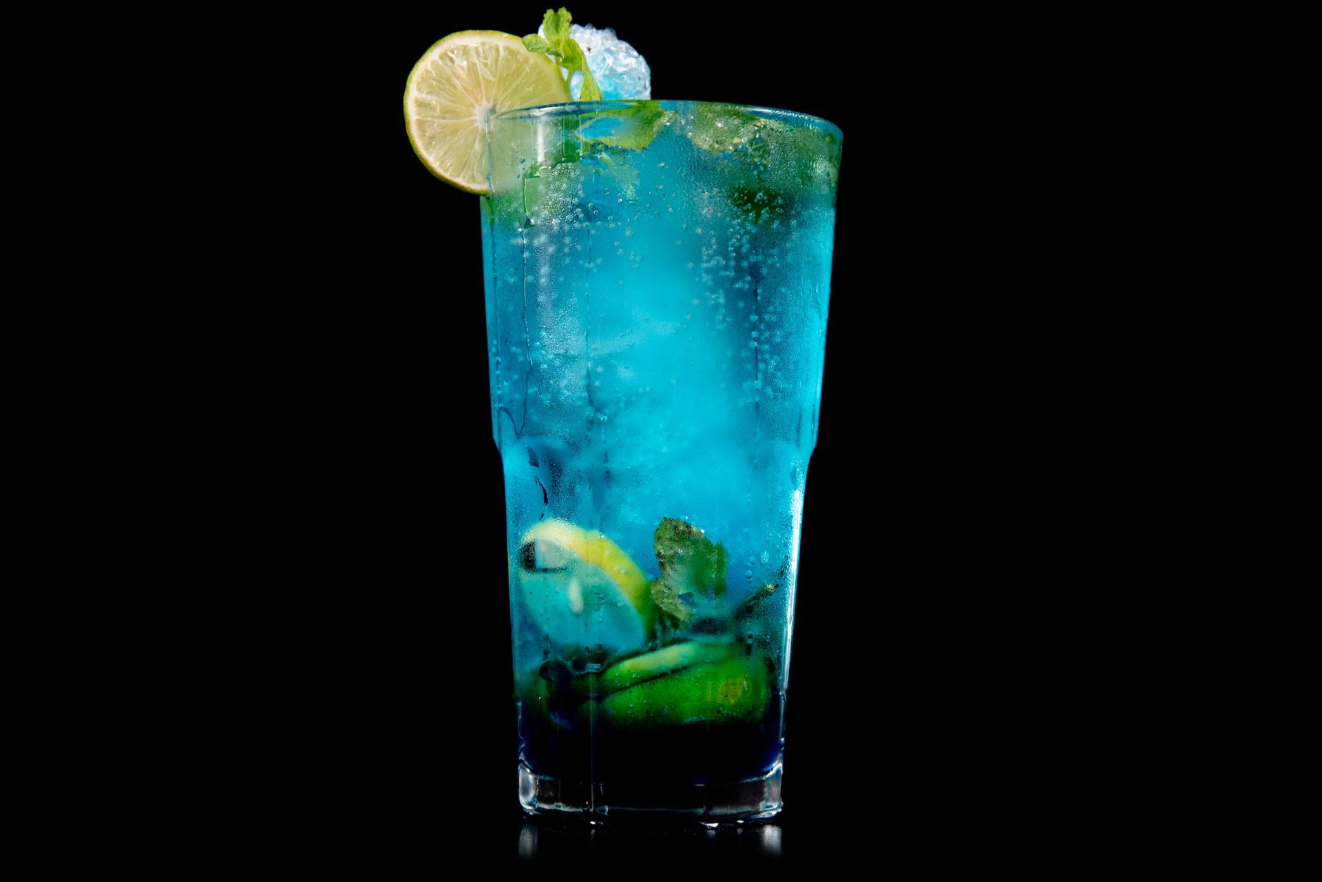 blue lagoon cocktail ricetta