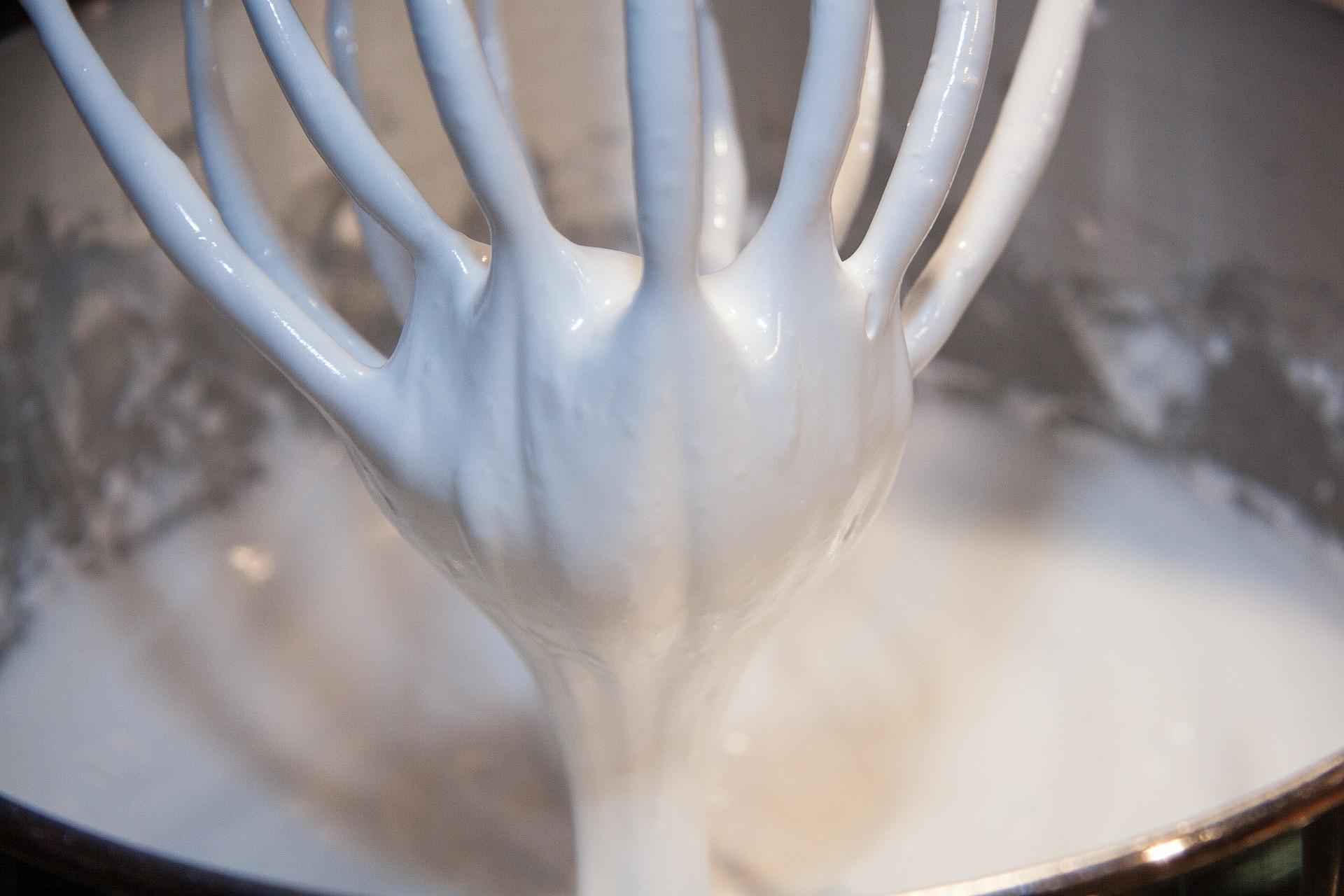crema al latte con due ingredienti