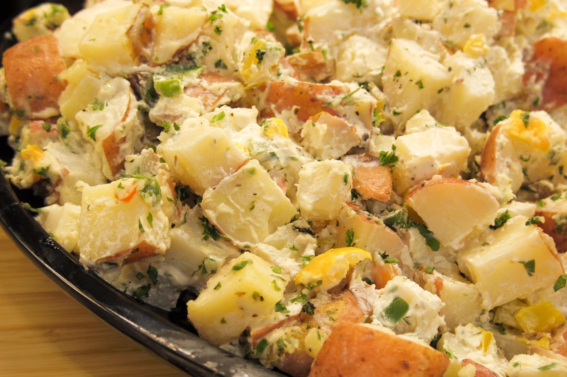 Insalata patate tonno uova sode