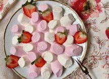 Mousse alle fragole e marshmallow