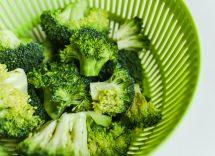 pasta broccoli salmone e semi di girasole