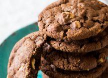 Biscotti americani di macadamia e mirtilli rossi