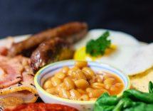 Salsiccia piccante e fagioli