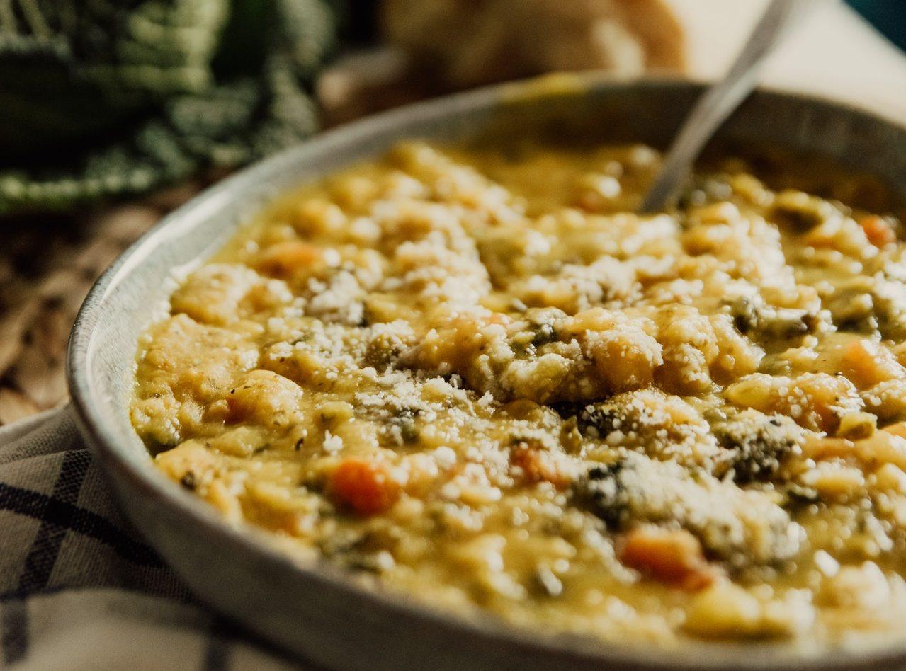 Zuppa di lenticchie e zucca speziata