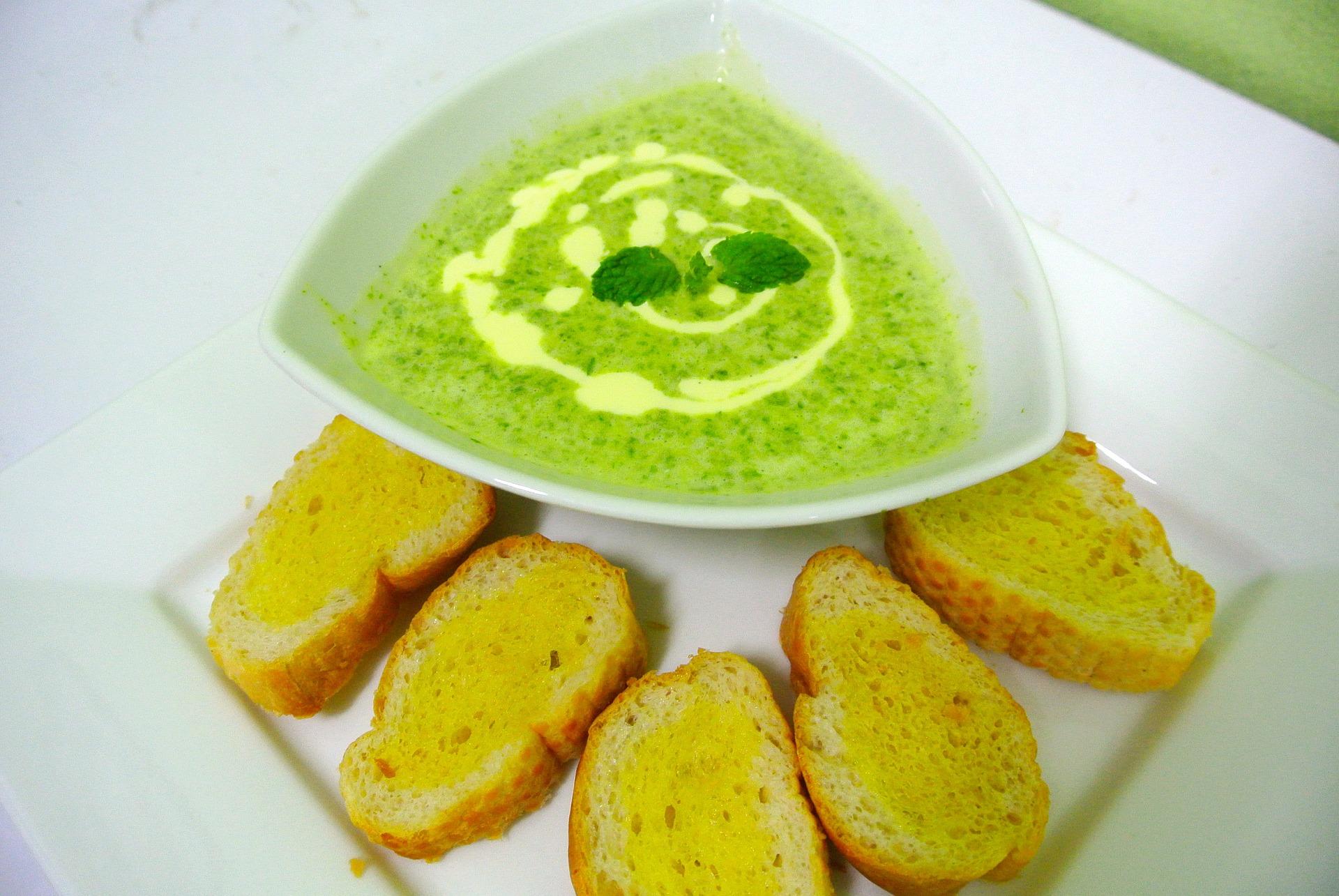 gazpacho verde cetrioli e avocado