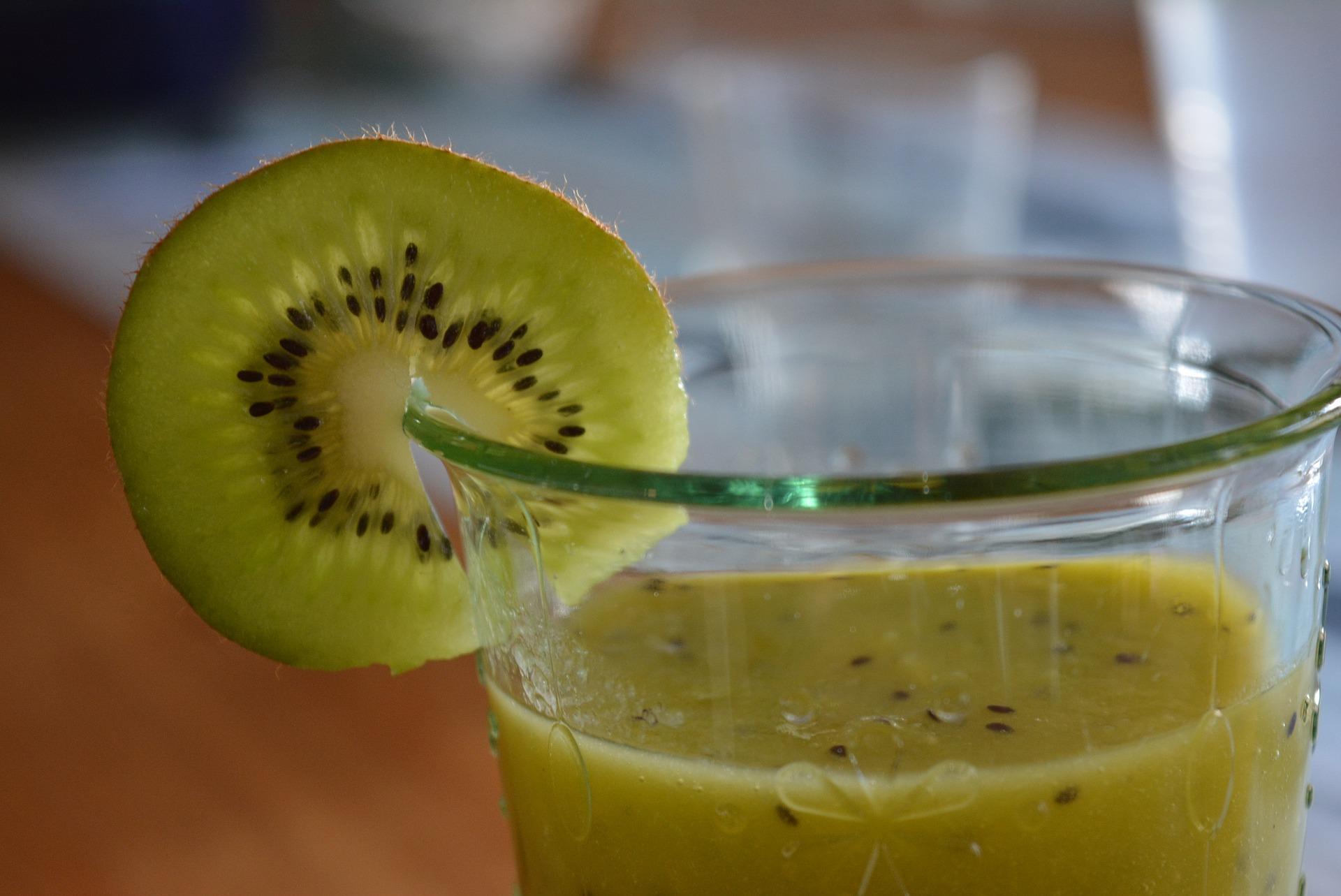 smoothie kiwi banana
