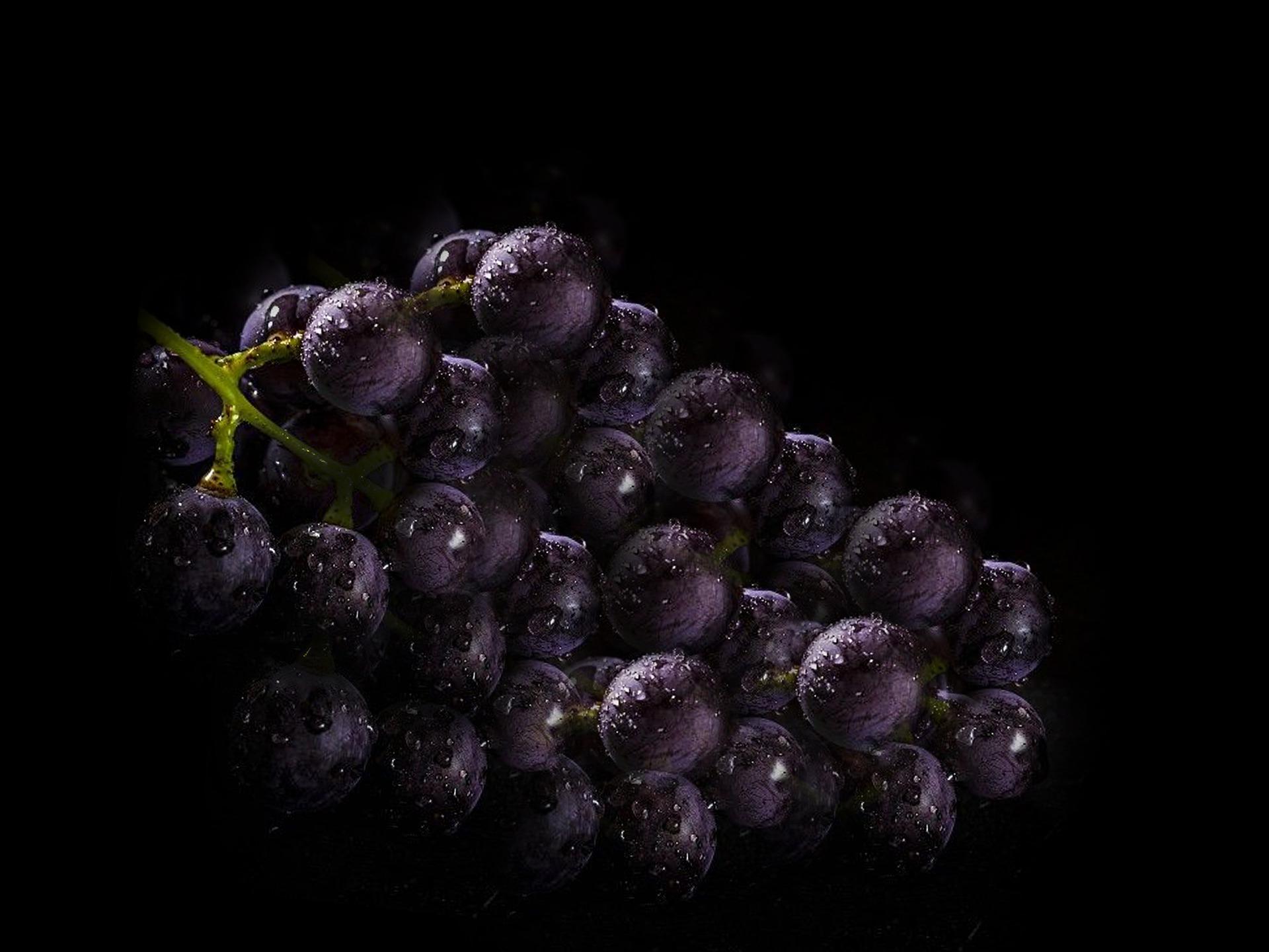 sugoli uva fragola